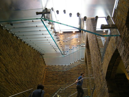 Apple Store Covent Garden staircase - Ongoing Issue Picture